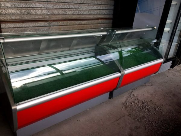 холодильная витрина Полюс Эко 2…7 БУ слева