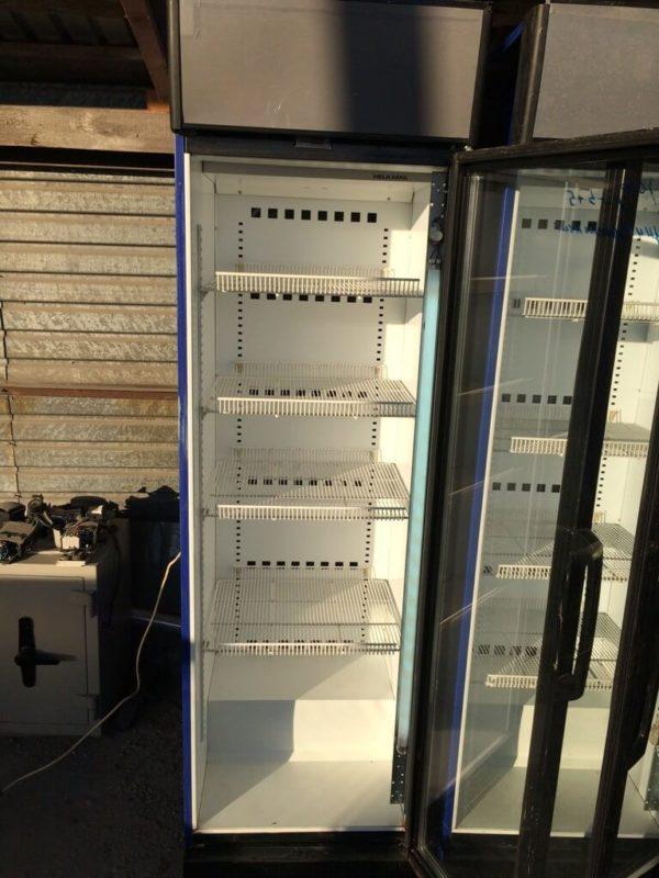 холодильный шкаф 5…5 Helkama БУ полки